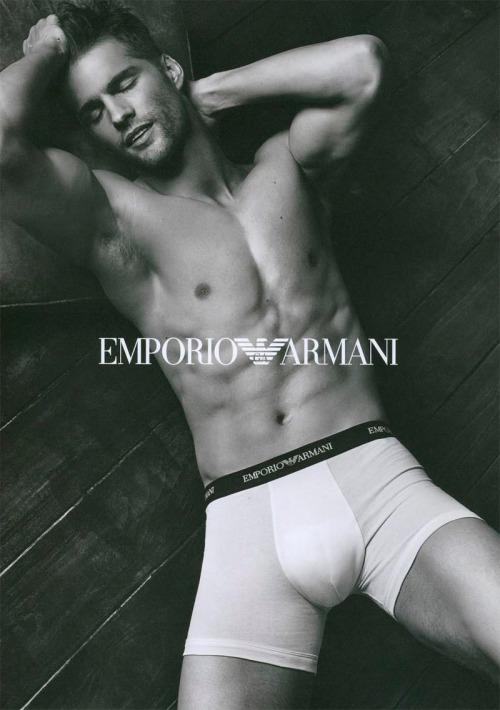 emporioarmaniunderwear_fw13_campaign_3